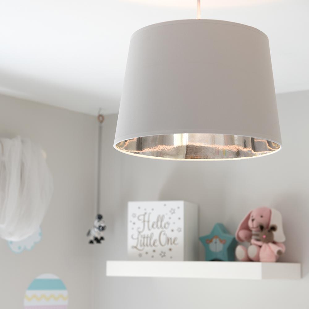 Moderno-Bianco-Da-Soffitto-Tavolo-O-Lampadario-Lampada-da-terra-paralume-colorato-interno miniatura 11